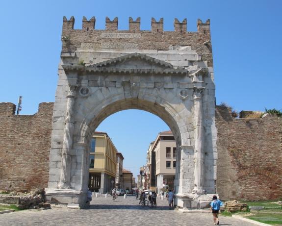 arco di augusto a Rimini
