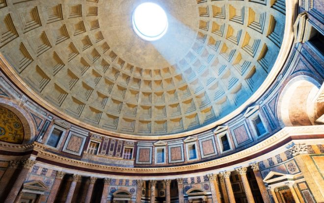 interno del Pantheon a Roma