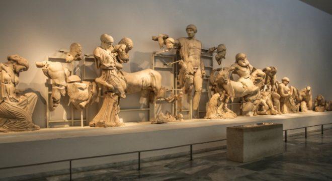 Lapiti e centauri tempio di Zeus a Olimpia