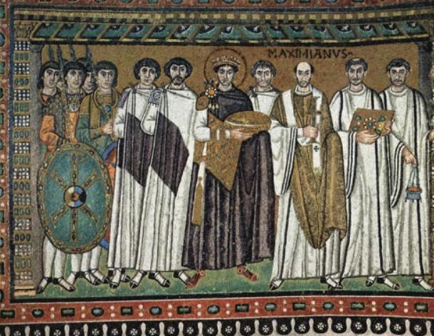 mosaici san vitale ravenna giustiniano