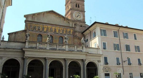 Romanico a Roma santa Maria in Trastevere