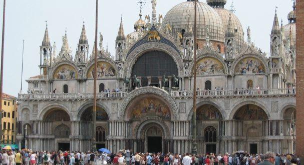 Stile romanico in architettura a Venezia