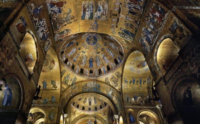 interno basilica di san marco venezia