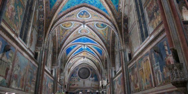 Gli affreschi di Assisi Cimabue Giotto