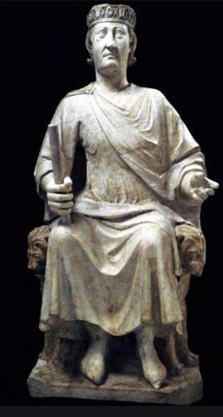 Monumento a Carlo I d'Angiò arnolfo di cambio